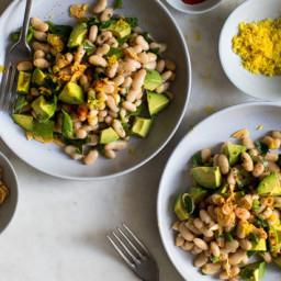 white-bean-and-avocado-salad-with-garlic-oil-2392273.jpg
