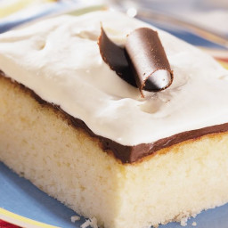 White Chocolate Fudge Cake