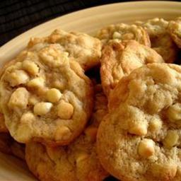 white-chocolate-macadamia-nut-cooki-6.jpg