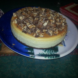 White Chocolate Snickers Cheesecake