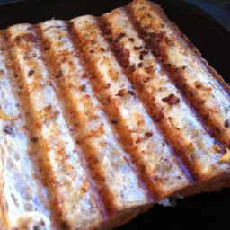 white-pizza-toasted-sandwiches-3.jpg