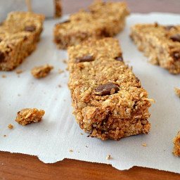 Whole-Grain Peanut Butter Chocolate Granola Bars