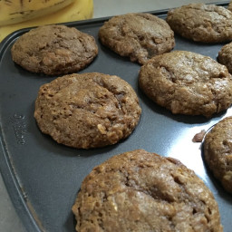 Whole Wheat Oatmeal Molasses Muffins