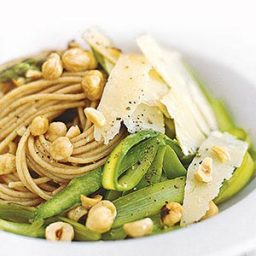 Whole-Wheat Spaghetti With Asparagus