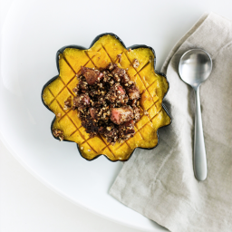 Whole30 Apple Stuffed Acorn Squash