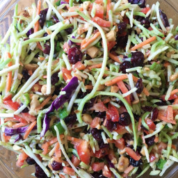 Whole30 Approved Broccoli Slaw Salad