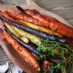 Whole Roasted Carrots with Red Wine Vinegar and Fresh Thyme