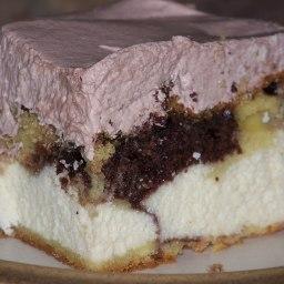 whoopie-cake.jpg