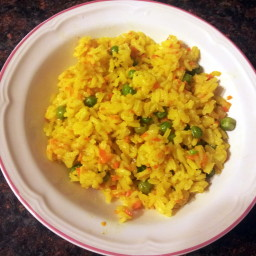 Yellow Rice with Carrot and Peas