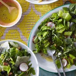 Zesty Arugula-and-Baby Romaine Salad with Candied Pecans and Shaved Reggian