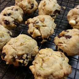 zucchini-cookie-b80130494bc6dbe10a068fc2.jpg
