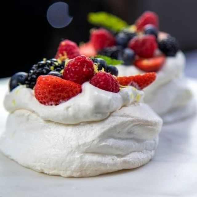 5 Tips to Keep Your Pavlova on Pointe
