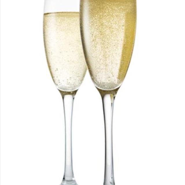 Pairing Wine and Food: 25 Great Champagne Pairings