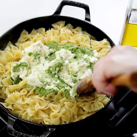 spring-inspired-pesto-pasta