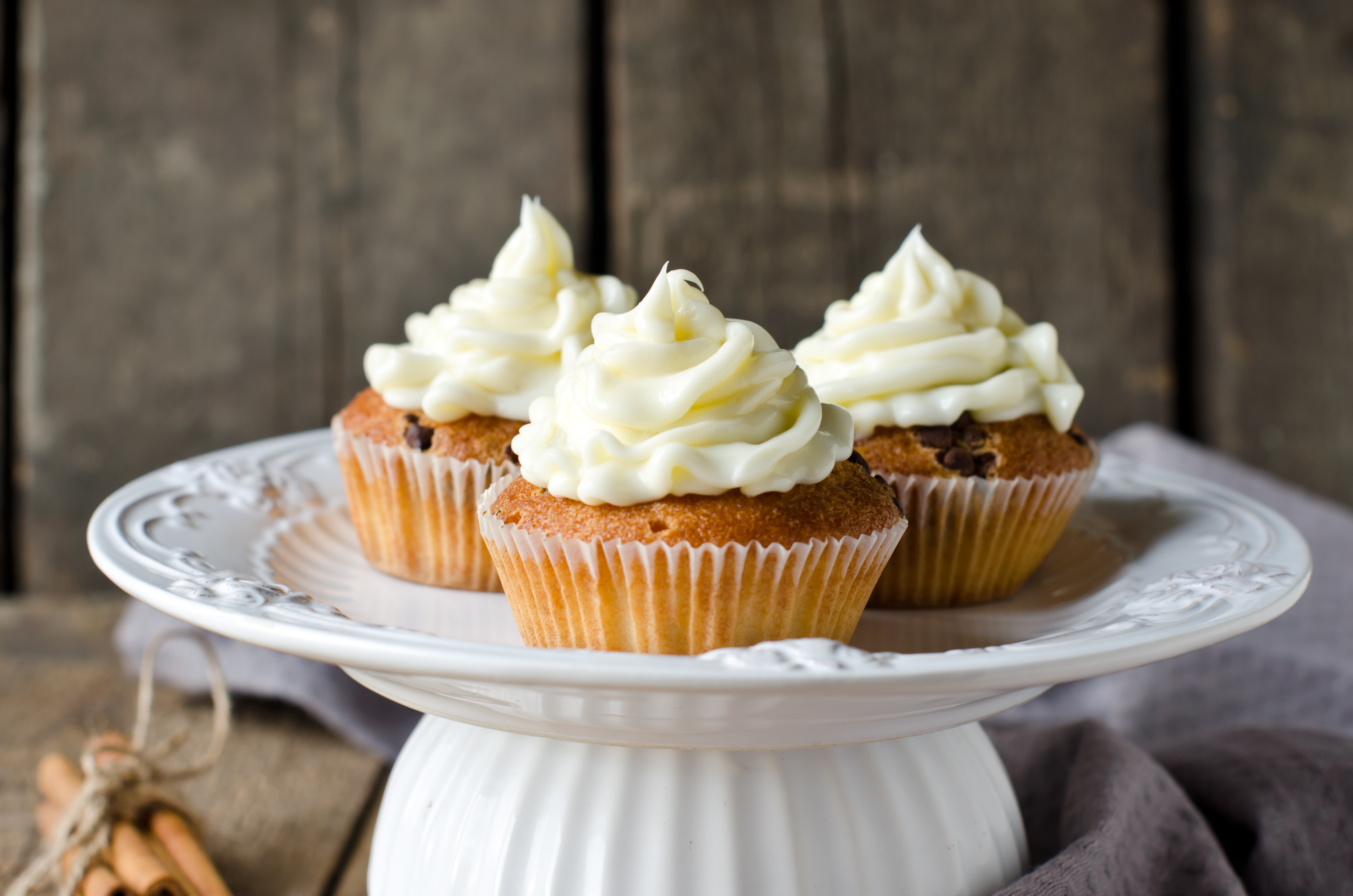 Vanilla Cupcakes - BigOven