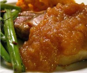 Baked Pork Chops & Apple Gravy