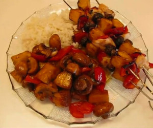 Brown Sugar-soy Sauce Marinated Chicken Kebabs