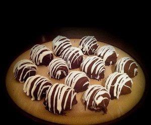 Cannoli Ball
