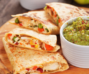how to make chicken quesadillas in a pan