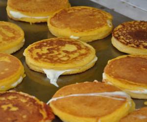 "Corn Pancake Sandwiches ""Arepas de Choclo"""