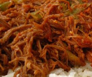 Cuban Ropa Vieja Shredded Beef (Slow Cooker)