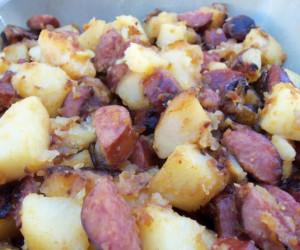 Fried Potatoes With Onion and Kielbasa