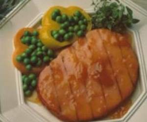 Grilled Ham Steaks with Apricot Glaze
