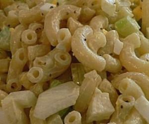 Nana's Macaroni Salad