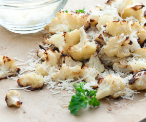 Oven-Roasted Cauliflower with Garlic, Olive Oil and Lemon Juice ...