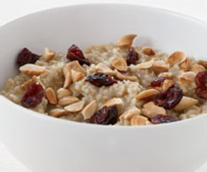 Overnight Oatmeal: Steel-Cut Oats in 10 Minutes