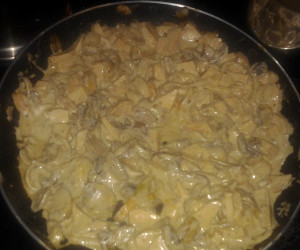 Pasta with Smoked Chicken and Creamy Balsamic Sauce