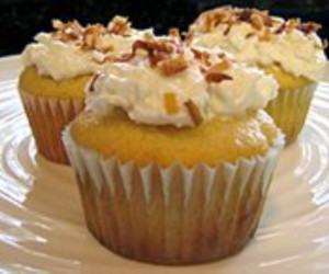 Pineapple Cupcakes