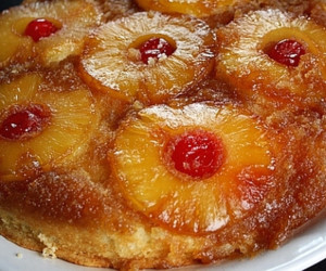 Pineapple Upside-Down Cake (Skillet)