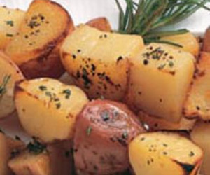 Camping - Grilled Rosemary Potatoes