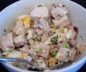 Simple Summertime Chicken Salad
