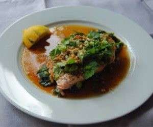 Steamed Salmon with Sesame Ginger Dressing