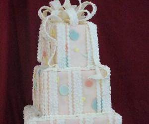 Strawberry Cream Filled Yellow Cake