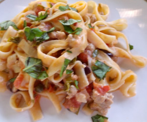 Tagliatelle with Goat Cheese, Tomatoes and Chicken