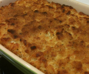 Traditional Homemade Mac & Cheese