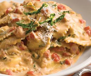 Tuscan Pasta with Tomato Basil Cream