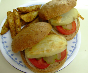 Baked Spud Burger (Vegan)