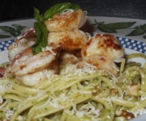 Zesty Shrimp with Walnut Pesto Linguini