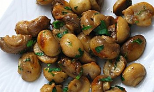 Mushrooms Sauteed with Garlic Butter
