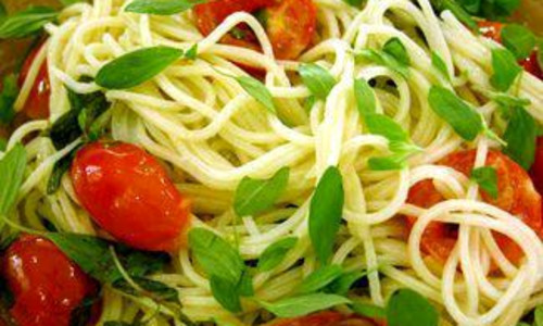 Spaghetti with Sweet Cherry Tomatoes, Marjoram and Extra Virgin Olive Oil